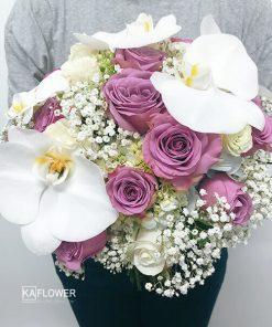 Hoa cầm tay cô dâu Cất Bước