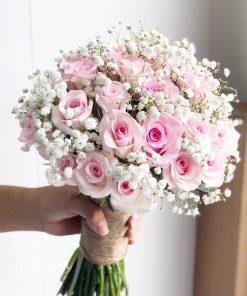 Hoa Cầm Tay Cô Dâu Chân Tình